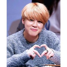 Nooring Palupi ❤ liked on Polyvore featuring bts and jimin