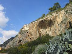 Ventimiglia (IM), Frazione Grimaldi, Balzi Rossi #riviera #essenzadiriviera www.varaldocosmetica.it