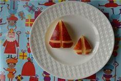 Kidsproof Amersfoort - Sinterklaas knutsels - Sinterklaas hapjes Waffles, Plates, Breakfast, Tableware, Amsterdam, Kids, Food, Animals, Licence Plates