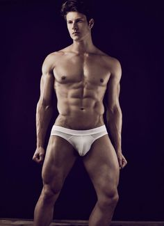 Bulge Alert: Eian Scully for Obsession No.17