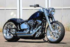 Harley Davidson News – Harley Davidson Bike Pics Classic Harley Davidson, Harley Davidson Chopper, Harley Davidson Motorcycles, Harley Fatboy, Harley Bikes, Chopper Motorcycle, Motorcycle Design, Hd Motorcycles, Futuristic Motorcycle