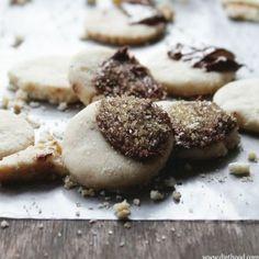 Hazelnut-Shortbread-Cookies