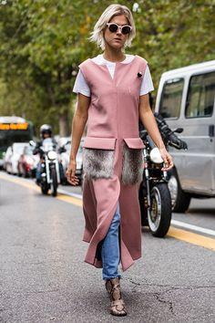 SS16 streetstyle details long sleeveless coat  fur pocket  snakeprint boot