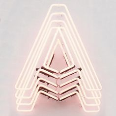 Marquee lamps: Discover these amazing & modern neon letter inspirations for your interior design ideas and projects!