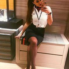 Rachel Riley Legs, British European Airways, Female Pilot, Flight Attendant Life, Fantasy Costumes, Girls Uniforms, Razzle Dazzle, Cabin Crew, Aviation