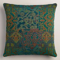 Inspired by dreams of Marrakesh, our exclusive throw pillow is woven on a jacquard loom in rich blue and green hues. Spice up your sofa in an instant!