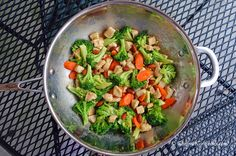 """Gourmet Girl Cooks: Chicken and Broccoli Stir-Fry - Low Carb """"Take-in"""""""