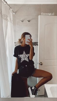 Cute Teen Outfits, Cute Comfy Outfits, Teen Fashion Outfits, Mode Outfits, Simple Outfits, Look Fashion, Outfits For Teens, Stylish Outfits, Girl Outfits