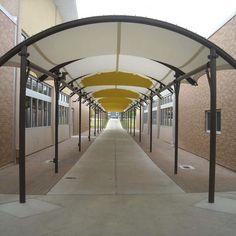 Structure tendue à arche / pour passerelle / pour marquise / pour espace public ARCH-SUPPORTED TENSILE STRUCTURE FabriTec Structures
