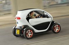 Renault Twizy - Electric Two Seater whatacar.com - 66121241231.jpg