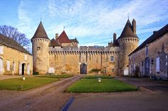 château de Rully .Bourgogne
