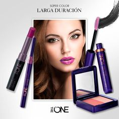 ¡Los tonos berry están moda! Deja que se luzcan en tus labios combinándolos simplemente con un poco de #máscara, #cejas bien definidas y rubor en rosa.