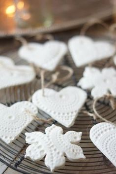 Soodataikina -koristeet hurmaavat keveydellään. Tee itse kauneimmat kuusenkoristeet! | Kodin Kuvalehti