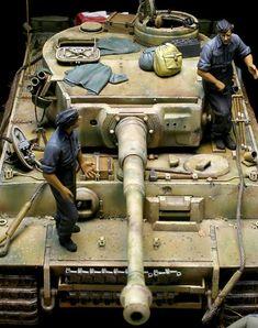 完成写真ラッシュですが、こちらはしばらく手直ししたり放置したりで、だいぶ前に出来上がってました。はい、写真どーん! 503重戦車大隊.第3中隊.1943...