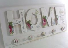 Decoupage shabby chic 'HOME' sign, home decor Wood Crafts, Diy And Crafts, Arts And Crafts, Paper Crafts, Decoupage Art, Decoupage Vintage, Craft Projects, Projects To Try, Shabby Chic Crafts