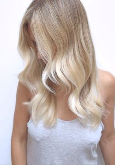 not sure if this is actually a balayage... but it's super pretty, love how the blond blends in!: