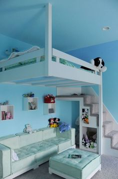 Blue Hanging Loft Bed For Small Kids Rooms #kidsroomideas #bedroomideas #blueinspiration Find more inspirations at www.circu.net