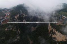 China inaugura el puente más alto del mundo - http://www.notiexpresscolor.com/2016/12/29/china-inaugura-el-puente-mas-alto-del-mundo/