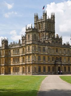 Downton Abbey Hotel Is Opening on Valentine's Day