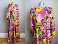 1960s Vintage Dress Psychedelic Flower Print by SoubretteVintage, $228.00