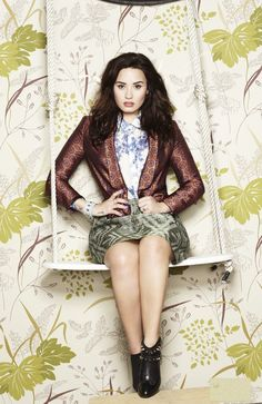 6263ecb88f Demi Lovato media gallery on Coolspotters. See photos