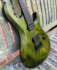 Le résultat d'une belle collaboration entre Kiesel Guitars et Carvin Guitars. Retrouvez des cours de guitare d'un nouveau genre sur MyMusicTeacher.fr