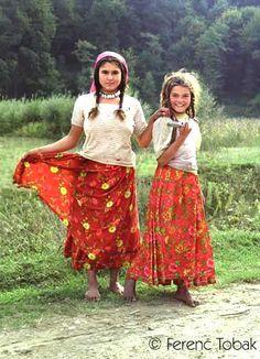 gypsy women -