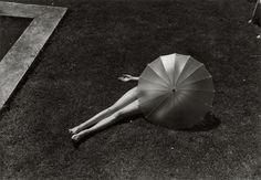 Martin Munkácsi: Nude with Parasol, Harpers Bazaar July 1935.