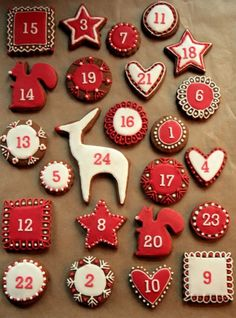 Handmade Christmas Advent CalendarsLucy Says I Do