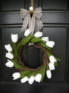 Perfect Wreath for weddings, showers, spring, summer or as a year round wreath! Also a great housewarming gift! Faux white tulips on a 14 White Tulips, Pink Tulips, White Tulip Bouquet, Tulip Wedding, Wedding Flowers, Wedding Wreaths, Wedding Decorations, Spring Wedding Inspiration, Wedding Ideas