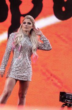 Hottest Wwe Divas, Alexis Bliss, Lexi Kaufman, Wrestling Divas, Wwe Womens, Ariana Grande, Eye Candy, Wwe Ladies, Lady