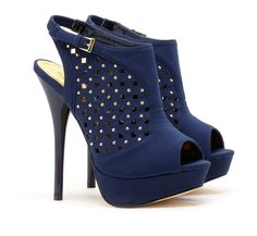 I normally hate blue. these are an exception. Platform booties!!!