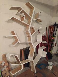 Painting in process Tree Bookshelf, Bookshelves, Interior Design Living Room, Design Bedroom, Wood Design, Shelving, Kids Room, Bedroom Country, Book Storage