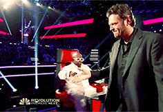 When he did the fake-out handshake with Adam.   18 Times Blake Shelton Made Us Laugh Out Loud
