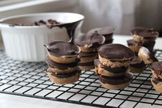 Paleo peanut butter cups. Replace the honey with date purée and it's wlc compliant