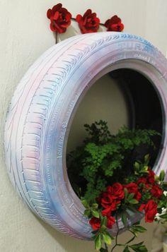 Floreira de pneu: veja o passo a passo desse jardim vertical - Blog do Elo7