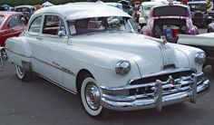 1951 Pontiac | 1951 Pontiac Eight - White - Front Angle