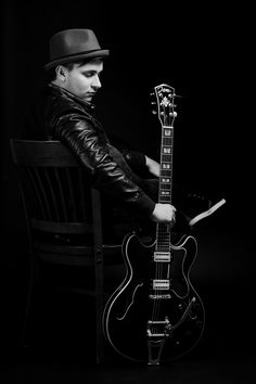 Photo by Dömötör Mayer #music #art #b&w #guitar