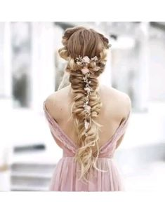 Amazing hairstyle tutorial to redo at home. DIY Hairstyle Schminken Inspirationen Amazing hairstyle tutorial to redo at home. Braided Hairstyles Tutorials, Diy Hairstyles, Pretty Hairstyles, Rose Hairstyle, Wedding Hairstyles Tutorial, Amazing Hairstyles, Hairstyles Videos, Fashion Hairstyles, Hairdos