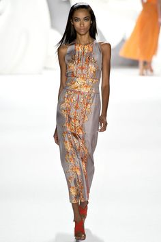 Carolina Herrera Spring 2013 Ready-to-Wear Collection - striking grey floral dress. just right for rosario dawson #nyfw #bazaart