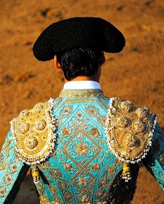Matador in Gold & Teal ~ Gorgeous! Spanish Fashion, Spanish Style, Matador Costume, Gold Work, Dressed To Kill, Costume Design, Corset, Style Inspiration, Costumes