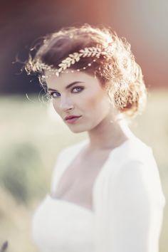 Aida Roman Style Bridal headpiece. #GD1036