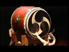 和太鼓 Japanese Drums(鬼太鼓座) - YouTube