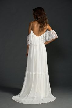 Beautiful low back off the shoulder French lace von Graceloveslace