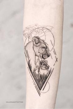Тату животные - это всегда хорошая идея, а тату лев - отлично смотрится в черно-белом исполнении. Это тату лев понравится всем, кто любит дотворк и графику. Тату животные | Тату лев | Тату лев эскизы | Тату лев на руке | Женские тату | Тату на руке для девушек | Черно-белые тату для девушек | Тату дотворк графика геометрия #liontattoo #tattoo #dotwork #tattoodesign #tattooflash #grafictattoo #tattooideas #animaltattoo #girltattoo #эскиз Mother Tattoos, Mom Tattoos, Future Tattoos, Body Art Tattoos, Sleeve Tattoos, Tattoo Now, Lion Tattoo, Flower Tattoo Designs, Flower Tattoos