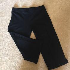 Yoga pants-size L Capri length yoga pants. 95% cotton, 5% spandex. Pants Leggings