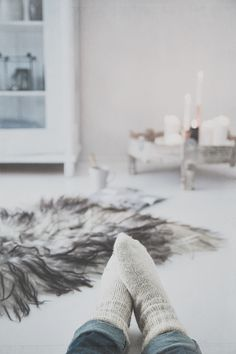 Socks and greyscale French Cottage Style, Winter White, Cosy Winter, Slow Mornings, New York Loft, Vacation Mood, Relaxing Day, Love Home, Entourage