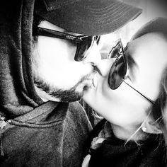 Este beso será chiquito pero la relación entre Demi Lovato y Wilmer Valderrama es muy sólida y llevan mucho tiempo juntos.