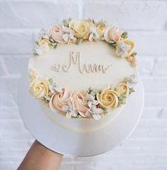 New Cake Designs Buttercream Flower Cupcakes 52 Ideas New Birthday Cake, Birthday Cake With Flowers, Birthday Cupcakes, Rustic Birthday Cake, Birthday Cake For Mother, Birthday Cake Designs, Grandma Birthday Cakes, Birthday Ideas, Birthday Design