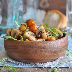 Find all the information on Mushrooms as well as hundreds of recipes for any occasion. White Button Mushrooms, Curry Ingredients, Chickpea Curry, Curry Powder, Potato Salad, Fries, Stuffed Mushrooms, Dinner Recipes, Lunch
